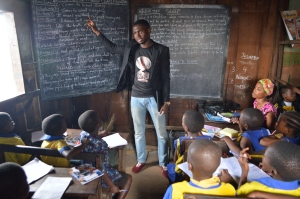 Toritse teaching the Primary 4 children